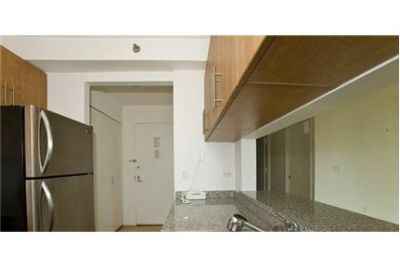 1 bedroom Apartment - Massive 1BR in Amenity Rich building with Pool.