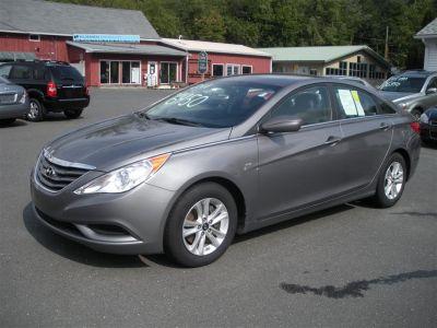 2011 Hyundai Sonata GLS (Gray)