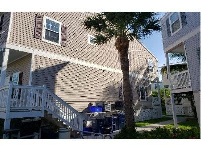 3 Bed 2.1 Bath Foreclosure Property in Key West, FL 33040 - 5th Ave Unit 81