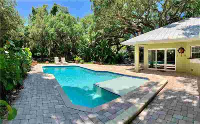 456 Holly Road VERO BEACH Three BR, Live in a Tropical Oasis!