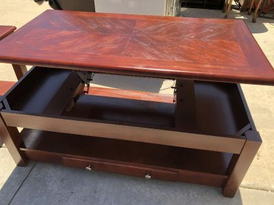 Lift Top coffee Table and two end tables