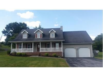 3 Bed 4 Bath Foreclosure Property in Blountville, TN 37617 - Sanders St
