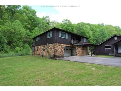 3 Bed 2 Bath Foreclosure Property in Charleston, WV 25306 - Point Lick Dr