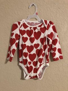 Baby Gap Like BRAND New Red And White Hearts Onesie Long Sleeve Shirt. Excellent Condition. Size 18-24 Months