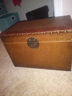 Small Mini Trunk Box