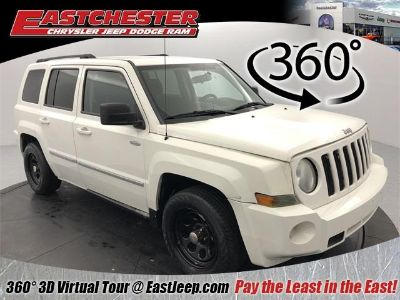 2010 Jeep Patriot Latitude (Stone White Clearcoat)