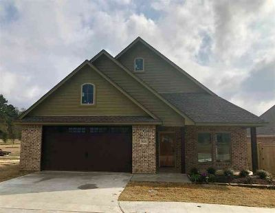 5629 Walton Creek Lumberton Three BR, This gorgeous new