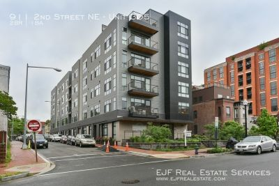 Beautiful Two Bedroom One Bathroom in NoMa! Stunningly Sleek Appliances, Hardwood Floors, & More!