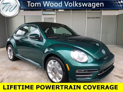2017 Volkswagen Beetle 1.8T PZEV (Bottle Green Metallic)