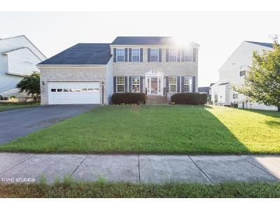 4 Bed 3.5 Bath Foreclosure Property in Fredericksburg, VA 22406 - Country Manor Dr