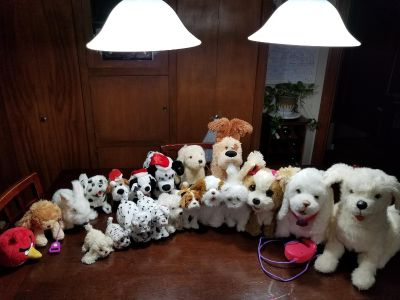 Lot of 20 battery operated plush puppies, kitty, bunny, angry bird, etc...- front row ALL Fur Friends brand (some discontinued/hard 2 find)