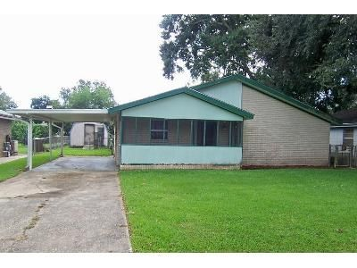 3 Bed 1.5 Bath Foreclosure Property in Houma, LA 70364 - Hampton St