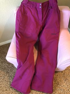 Women s snow pants never worn