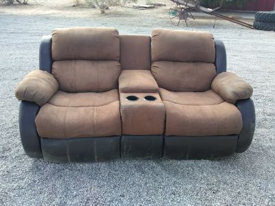 REDUCED! !!!! Couches !!!!!