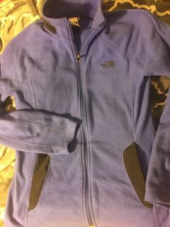 Small women s north face sweater