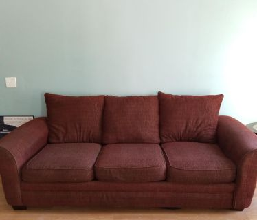 Couch Set w/2 chairs