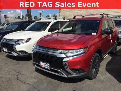 2019 Mitsubishi Outlander ES (Rally Red Metallic)