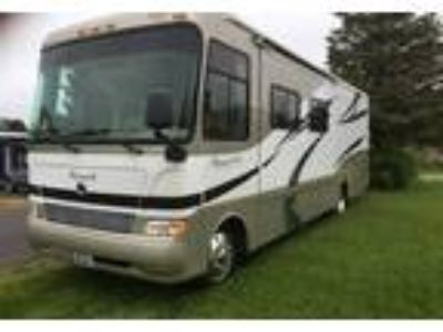 2007 Monaco Coach Monarch Class A in Long Beach, WA