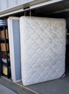 Queen Size Mattress and Box Springs Set