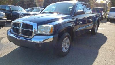 2005 Dodge Dakota SLT 4dr Quad Cab 4WD SB