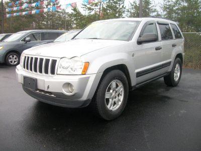 2005 Jeep Grand Cherokee Laredo (Silver)