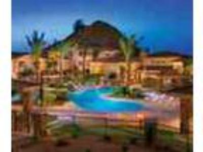 3bed2bath In Phoenix 9 Ceilings Spa Pool Gym