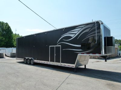 2015 44' VINTAGE INTIMIDATOR STACKER WITH BATH