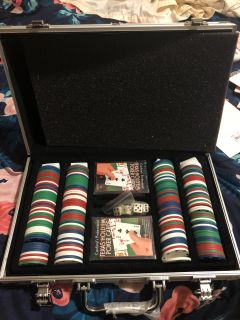 Texas hold em set brand two new deck of cards