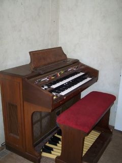 Yahaha Electone Organ