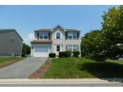 2.5 Bath Preforeclosure Property in Essex, MD 21221 - Quiet Sunset Ct