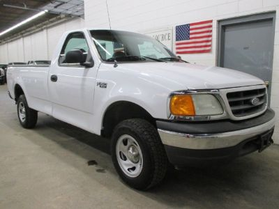 2004 Ford F-150 Heritage XL 4WD Reg Cab Long Bed