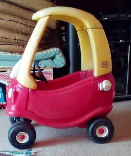 Little Tikes Cozy Coupe Child Size Ride on Car