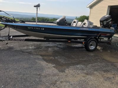 1989 Stratos Boat and Trailer