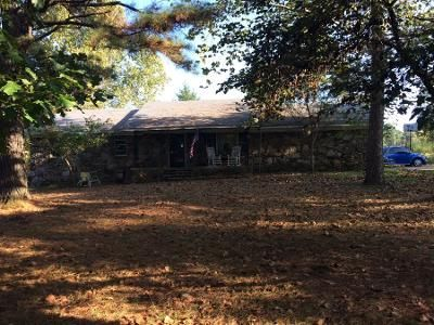 1.5 Bath Preforeclosure Property in Cedarville, AR 72932 - Highway 162