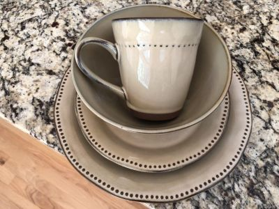 """16-Piece """"Cyprus"""" Stoneware Set by Sango in a Rich Glazed Tan with Raised Dot Border"""