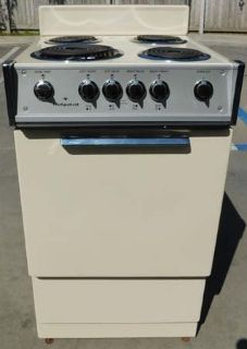 """STOVE- HOTPOINT 21"""" ELECTRIC WITH WARRANTY(FINANCING)"""