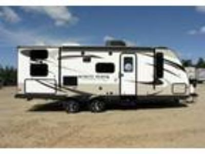 2015 Jayco White-Hawk-Ultra-Lite Travel Trailer in El Dorado Hills, CA