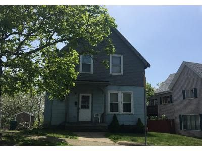 3 Bed 1.5 Bath Preforeclosure Property in Lynn, MA 01904 - Woodlawn St