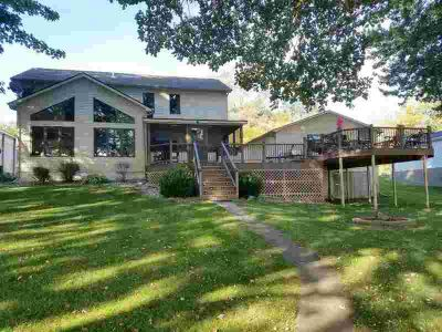 3250 S 390 W Pleasant Lake, Looking for an exquisite