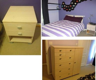$500, Designer Queen size bedroom set with mattress,dresser ,nightstand