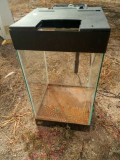 Aqaurium 25 gallon with filter