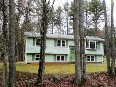 3 Bed 1 Bath Foreclosure Property in Westminster, MA 01473 - Barrel Rd