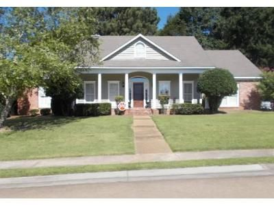 4 Bed 2 Bath Foreclosure Property in Madison, MS 39110 - Woodland Hills Blvd