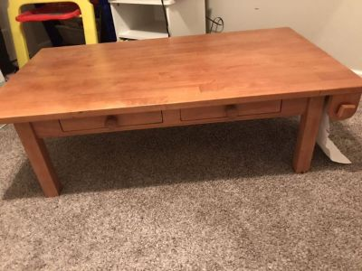 Land of nod art table! Wooden great condition!