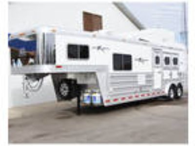 "On Order - 2019 Platinum 3 Horse Trailer 10 6 "" Outback Customs Conversion"