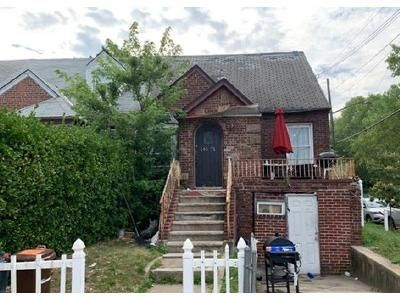 3 Bed 2 Bath Foreclosure Property in Jamaica, NY 11434 - 157th St