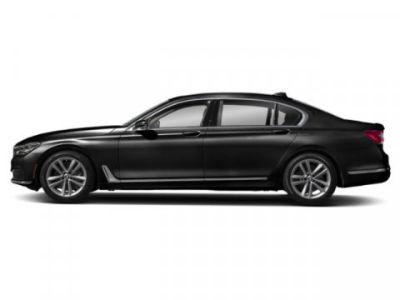 2019 BMW 7-Series 750i xDrive (Black Sapphire Metallic)