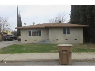 3 Bed 1.5 Bath Foreclosure Property in Bakersfield, CA 93306 - Monterey St