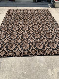 7 10 x 10 Black and Tan Area Rug