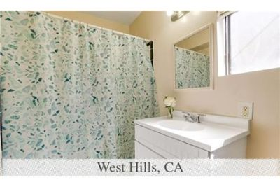 1 Spacious BR in West Hills. Washer/Dryer Hookups!